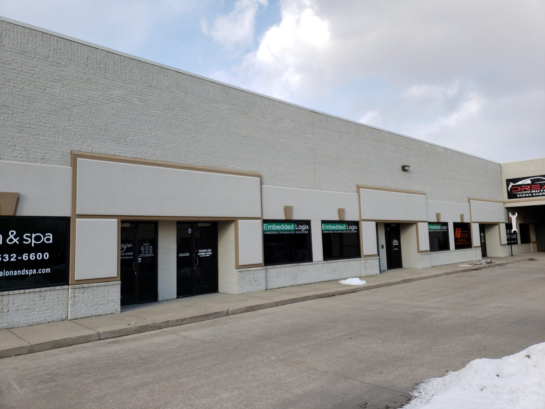 3,200 SF Warehouse with Upscale Office Space